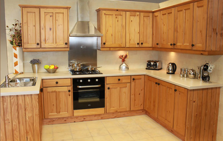 <i>Solid Pine Kitchen <a href='solid-pine.php'>only &pound;795</a></i>